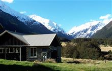 Aspiring Hut . Matukituki Valley area, Mount Aspiring National Park