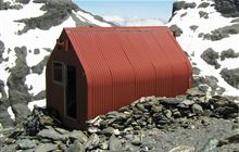 Esquilant Bivvy Hut . Mount Aspiring National Park