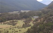 Mid Caples Hut . Greenstone and Caples Conservation Areas